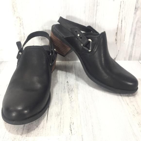 f61d246dde99 Teva Slingback Clogs Shoes. M 5b99ee9074359b6926284eaf